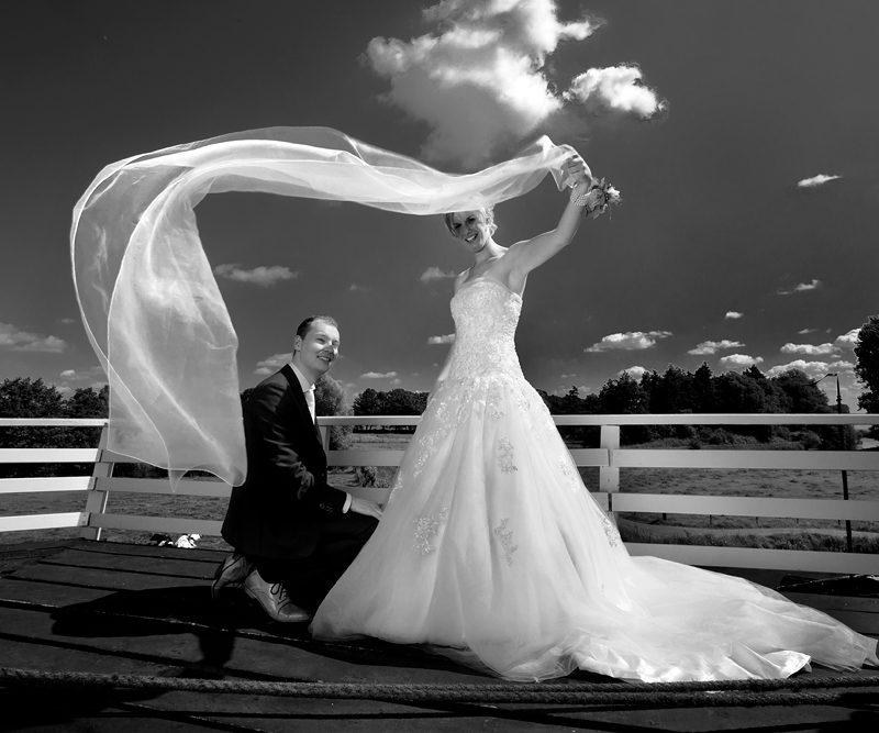 bruidsreportage Enter bruidsfotograaf Rijssen bruidsfotografie Rijssen Enter De Pelmolen Rijssen